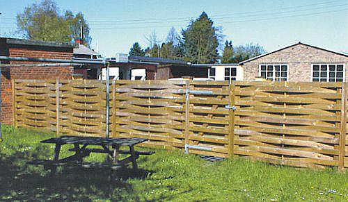 Udskiftning af hegn for ejerforening, Lyngby
